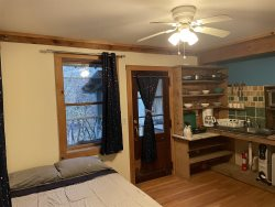 Lady Slipper ~ Charming Studio Apartment in the Red River Gorge
