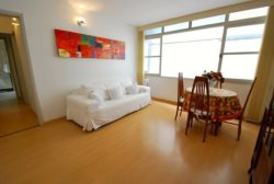 Beautifull 2 bedrooms apt in Leblon - 1 block from the beach