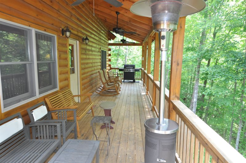 The Scratching Post | Luxury Log Cabin Rental with Hot Tub on nantahala cottage gable house plan, small brick ranch style house plan, tranquility house plan, bungalow home plan nantahala floor plan, mountain cottage floor plan, nantahala house plans bungalow, craftsman house plan,