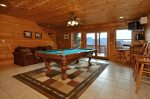 Spacious Three Story Cabin with Pool Table and Wi-Fi