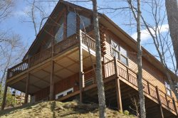 Northern Sky - Mountainside Cabin with Hot Tub, Spectacular View, Fire Pit and Game Room - Convenient to Rafting and Hiking