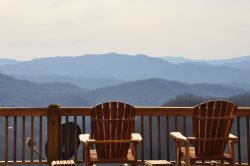 Sequoyah Sunset - Stunning Long Range View - Huge Luxury Cabin - Game Room with Ping Pong