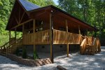 Cozy and Warm Log Cabin - Sleeps 4