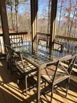 Outdoor Dining in the Screened Porch