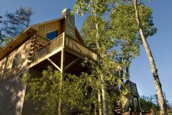 Deep Creek Fishing Retreat - Mountainside Log Cabin with Hot Tub - Minutes from Rafting, Hiking and Waterfalls