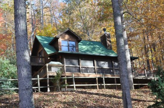 Whispering Woods Cabin | Smoky Mountain Vacation Rental