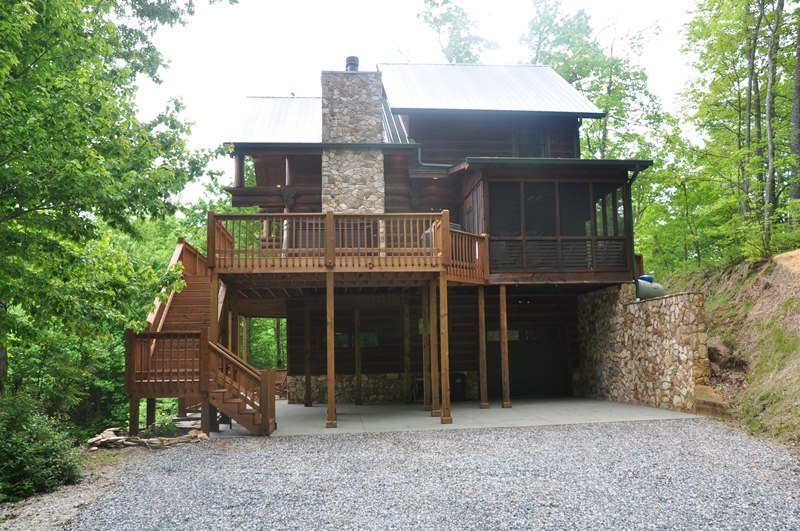 Big Timber Lodge | Bryson City Luxury Cabin Rental | Hot Tub
