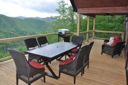 Smoky Mountain High - Spacious Luxe Cabin - Pool Table, Hot Tub and Spectacular View - Ideal for Large Families or Groups - Minutes from Town and Rafting