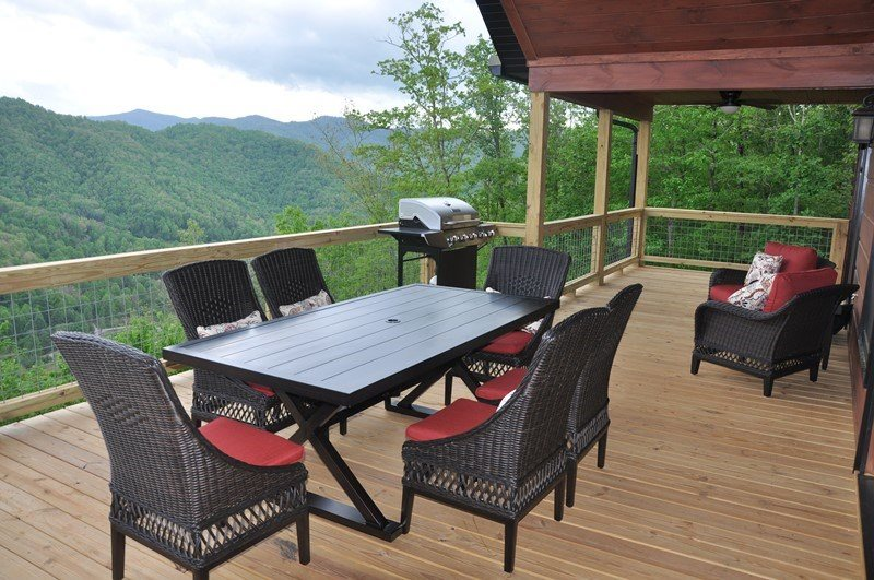 Smoky Mountain High | Luxury Bryson City Rental | Pool Table | Close ...