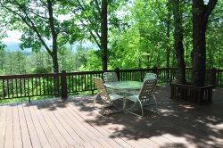 Misty Mountain - Secluded Log Cabin with View, Hot Tub, and Fire Pit - 10 Minutes from Harrah`s Casino