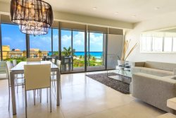 3 Bedroom Penthouse Unit with Ocean Views!