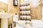 Prohomesja Jamaica Vacation Rentals - Bathroom