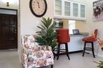 Kingston Jamaica Executive Vacation Rental - dinning/work space