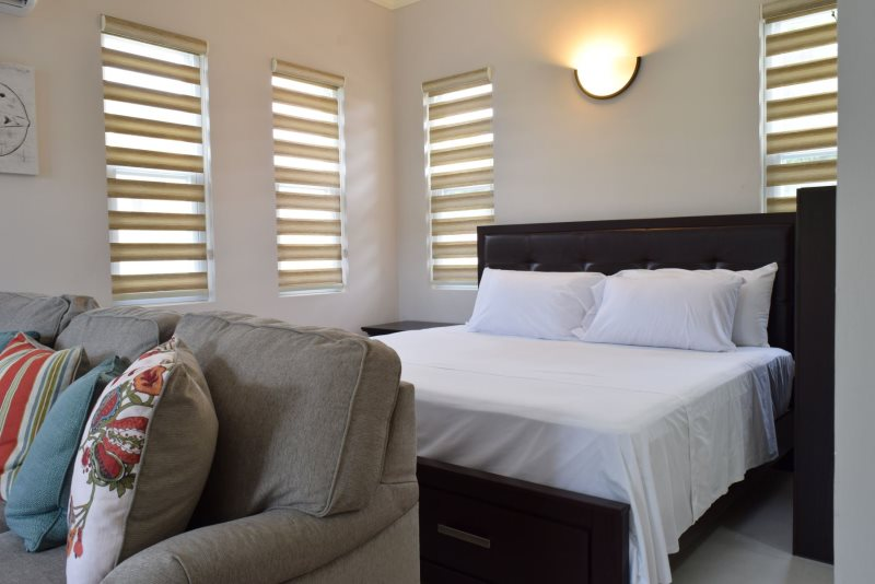 Master Bedroom Kingston prohomesja - jamaica vacation rentals