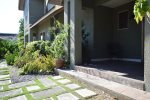 Kingston Jamaica Executive Vacation Rental - Front garden
