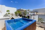 Private Rooftop with Pool/Tub & propane Bbq