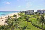 Penthouse Mareazul - tennis court of the complex - Playa del Carmen vacation rentals