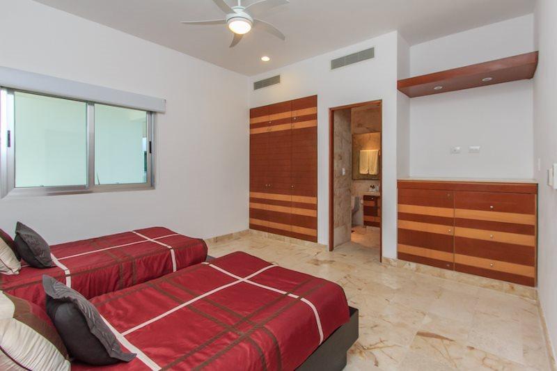 Vacation rentals in Playa del Carmen | Casa del Mar Condo Luna ...