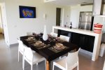 Nick Price Birdie - open plan dining and living room - vacation rentals Playa del Carmen