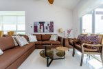 Mareazul Estrella de Mar - Living area with comfortable sofas - Vacation rentals Playa del Carmen