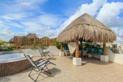 Enchanting Ph Luzera / Private terrace w Jacuzzi & BBQ @ Zama Gardens Tulum, Mexico