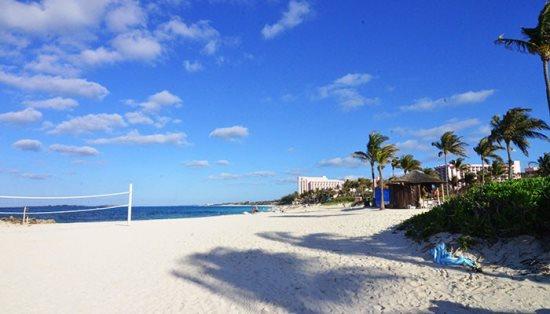 Harborside Resort At Atlantis Offers A Vacation Filled
