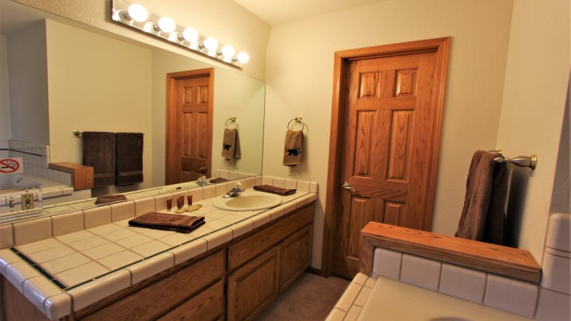 Big Bear Cabin Rentals Blue Moon Beautiful Views And A