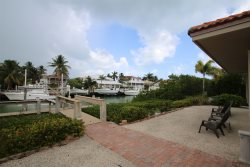 The Golden Pineapple, Canal Front Vacation Home in Key Colony Beach