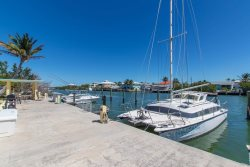 Anchors Away | Beautiful remodeled condo includes boat slip, boat ramp and pool.