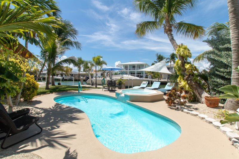 Waterfront Vacation Rental Pool Home | Key Colony Beach