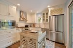 Gorgeously Renovated Kitchen