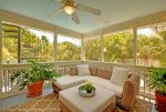 Screened in Porch - Comfortable Furnishings