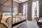 Townsman Hotel | Poe Room