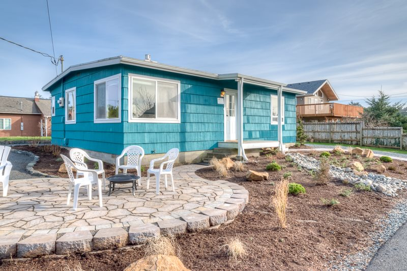 Carmel Cottage Great Location Cozy Steps To Town And The Beach Mca 1445