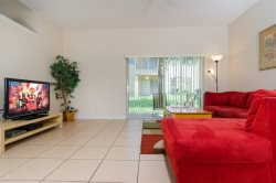 Upgraded 4 Bed Townhome Close to the Pool
