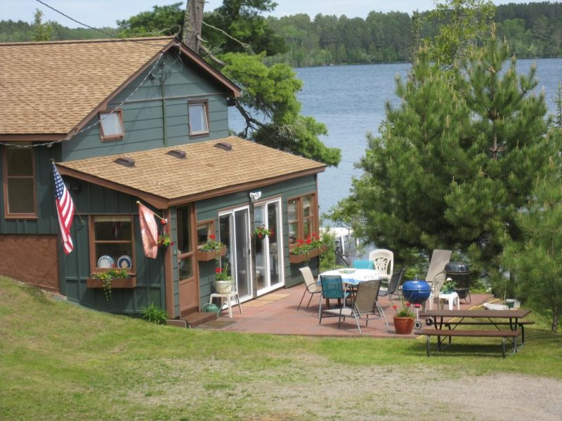 Dan's Eagle View House - Ely Lodging- Vacation Rental
