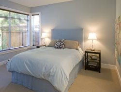 Comfortable Queen Master Bedroom with Ensuite Bath - Heated Tile Floors