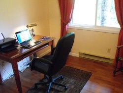 A comfortable office\/Den with desk and internet access