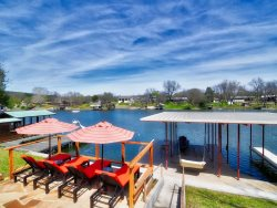 Pecan House | Amazing New Rental Located on Pristine Waterfront!