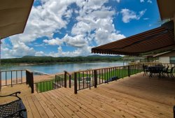 Butterfly Beach House -  New Flooring, Boat Dock, WI-FI, Ping-Pong, 100` Private Waterfront!