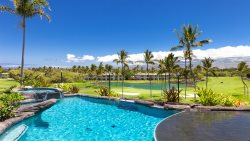 HALE HOKULELE ~ 5 BR Suites ~ Pool ~ Golf Cart ~ Ocean/Mountain Views