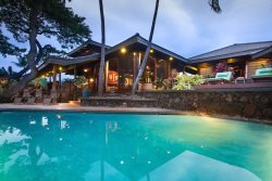 ALII HONU KAI ~ 3 BR Suites ~ Ocean front Estate ~ Lush with Koi Ponds ~ Kona Coast