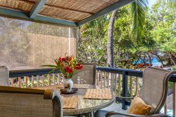 BAMBOO BEACH COTTAGE ~ 3 BR ~ Tropical, across Paniau Beach Park ~ Puako