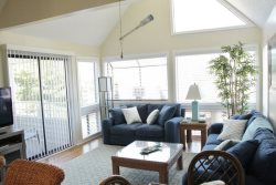 Awesome Vacation Condo - Just Completely Renovated.. 03-309