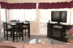 Great Vacation Condo! Located by both pools! 13-150