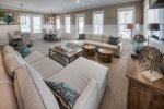 Beautifully decorated living & dining area with lots of seating