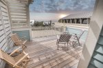 Watercolor - The perfect sundeck for soaking up some sun