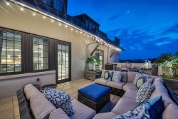 '6 Barrett Place' Rosemary Beach Luxury Condo with Magnificent Balcony + FREE BIKES!