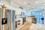 Kitchen - Supplied with Stainless Steel Appliances