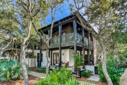 'Chasing Sunset' Stunning Rosemary Beach Cottage on the South Side of 30A